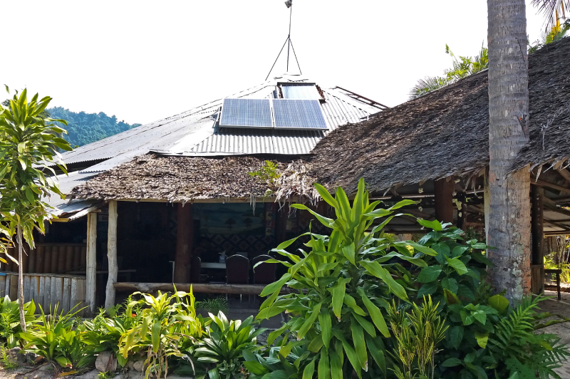 Renewable Energy and Energy Efficiency Guide for Small-scale Tourism Bungalow Operators